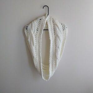 NWOT Knit Scarf